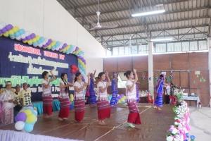 children  show Karen dance  performance
